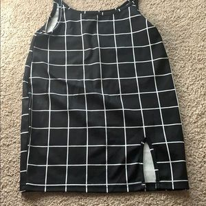 Black and White Checkered Overall Tie up Skirt